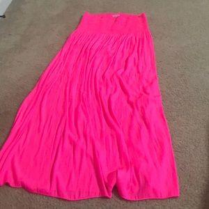 "Lily Pulitzer hot pink maxi skirt ""Bohdi"" size M"